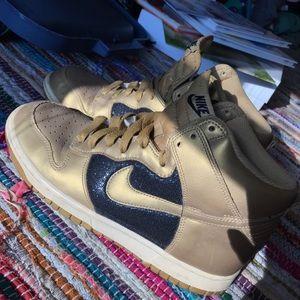 Gold Nike Dunks W size 9